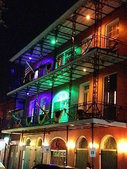St. Philip French Quarter Apts New Orleans: Low Rates, Save on Your Stay